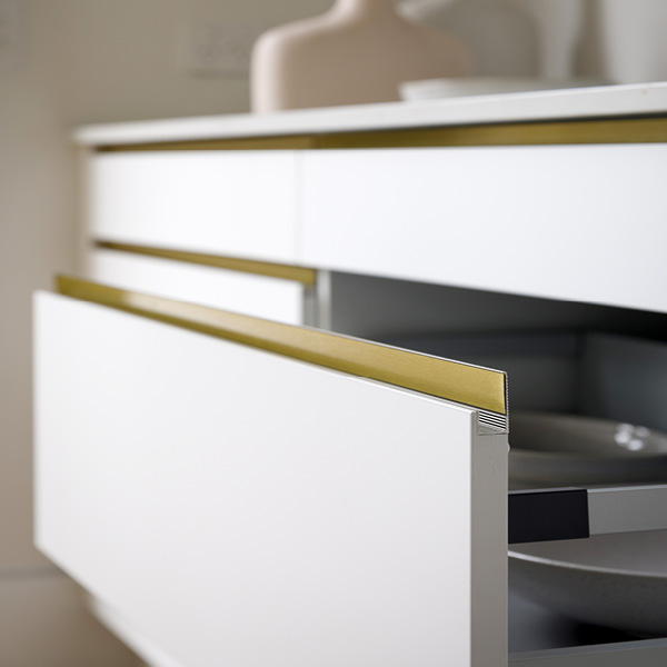 Marq Handle In Ultra Gold